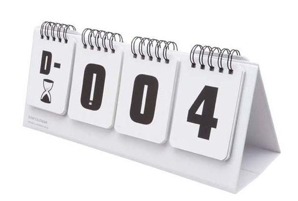 Вечный настольный календарь милого дизайна D-DAY