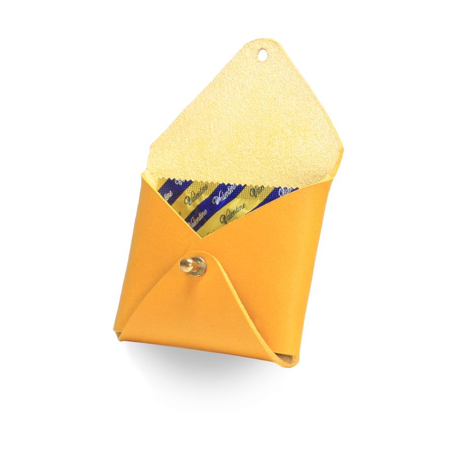 Кожаный чехол для презервативов ручной работы (желтый)